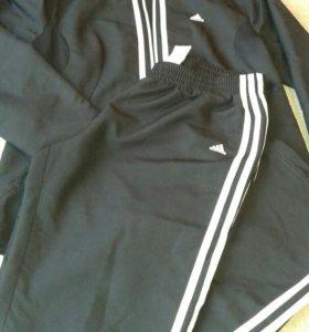 Спортивный костюм Адидас