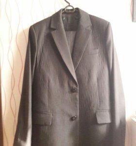 Щкольный костюм
