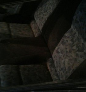Задние сиденья от нисанн вингроуд