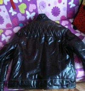 Куртка натуральная кожа( лак)