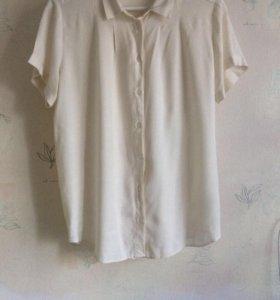 Нежно кремового цвета рубашка (новая)