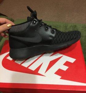 Кроссовки Nike новые оригинал