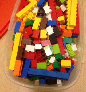 Лего кирпичи (не большой набор)