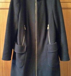 Пальто драповое черное с капюшоном