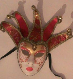 Венецианская маска и кошелек кожаный