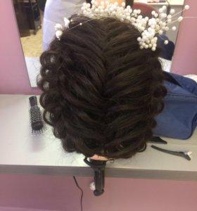 С делаю причёски укладки локоны красива и дишевле