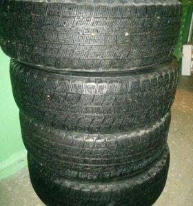 Bridgestone blizzak R16 205/60