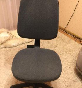 Офисное кресло (стул)