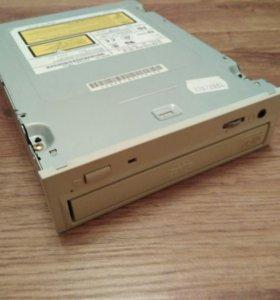 Дисковод CD-RW/ DVD-ROM