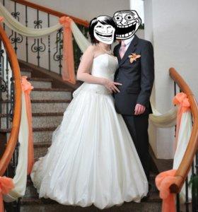 Свадебное платье (размер 42-44-46-48)