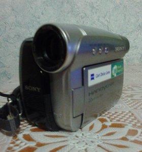 Видеокамера DCR-HC28e