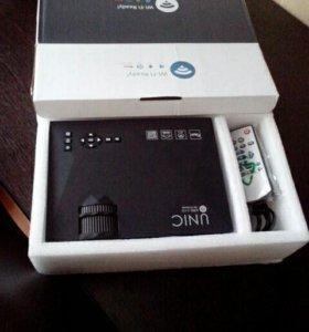 Новый проектор Unic uc46 оригинал с wi fi