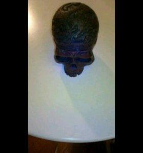 Резной череп шкатулка