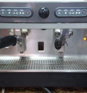 Профессиональная кофемашина italcrem