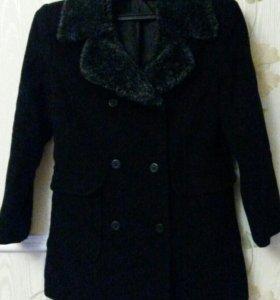 Пальто, куртки, плащ.