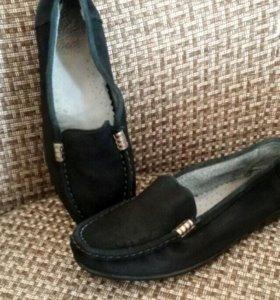 Обувь женская, натуральная кожа.