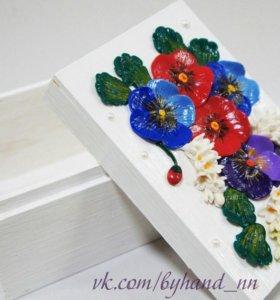 Шкатулка с цветами из полимерной глины