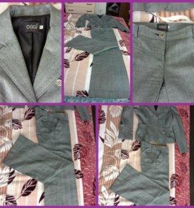 Классный шерстяной костюм OGGI р- 44-46