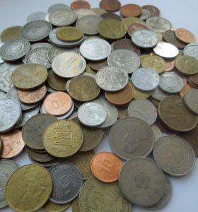 Монеты мира 170 шт