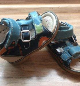 Кожаные сандали ортопедические