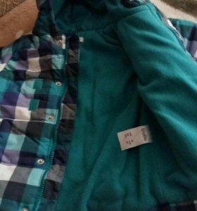 Куртка детская на мальчика на 2-3 года