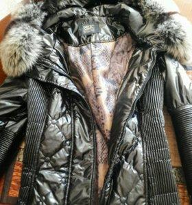 Пуховик зима, настоящий мех енота