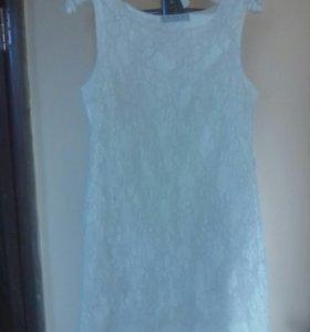 Романтичное гипюровое белое платье