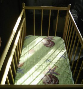 Детская кроватка-качалка с Матрасем