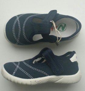 Новые сандалии Naturino