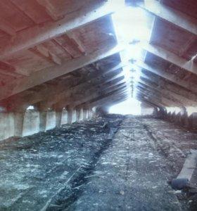 Свинарник 880 м2 из ж/б на участке 58 соток