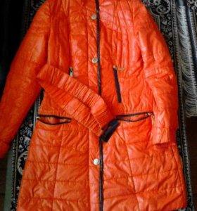 Куртка на весну.Размер L