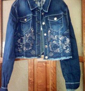Курточка джинсовая новая