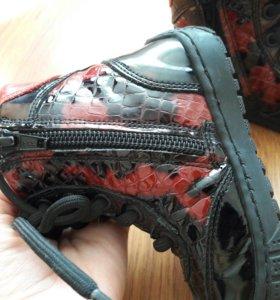 Кожанные ботинки фирмы mimimen минимен