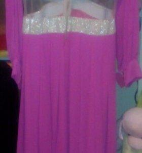 Вечернее платье одевала один раз на свадьбе