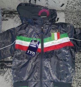 Новая куртка-ветровка детская 105-110