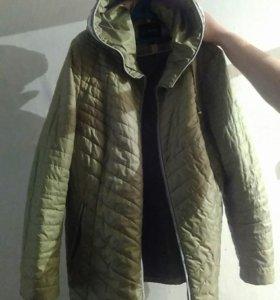 Продам женскую куртку весенняя