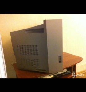SAMGUNG телевизор с плоским экраном
