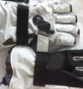 Новые Перчатки женские для сноубординга (р-р S)