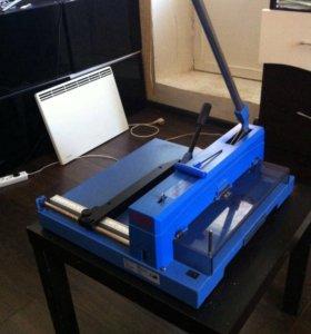 Steiger m 3715 резак для бумаги, гильотина.