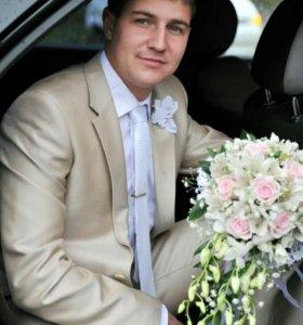 Костюм свадебный,рубашка,галстук и туфли