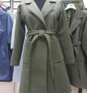 Пальто, женская одежда