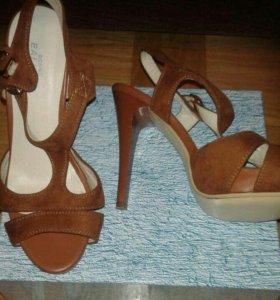 Босоножки (туфли)