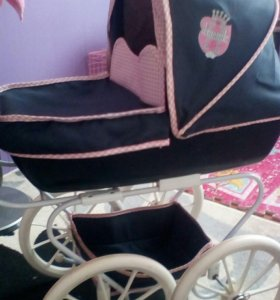 Стильная коляска для кукол