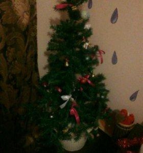 Елочка с рождественским веночком