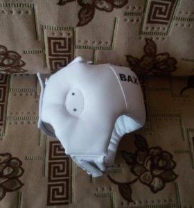 Шлем(безразмерный) и перчатки 8 оз