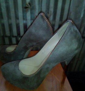 Туфли р- р 37, в идеальном состоянии,цвет какао