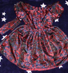 Платье с пышной юбкой 👗