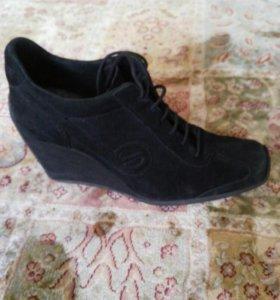 Женская обувь 38р