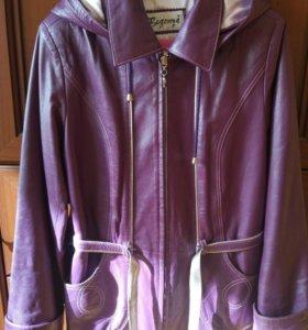 Кожаная куртка 38-40-42 размер