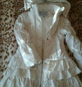 Куртка  на девочку 128